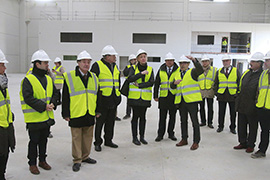 Regional autorities visit Up Lifting S.A. new facilities under construction